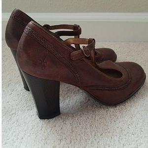 Frye Cognac Stiched Leather Mary Jane Heel size 6